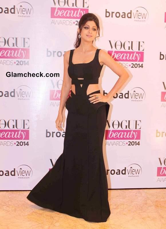 Shilpa Shetty in Monisha Jaisingh at Vogue Beauty Awards 2014