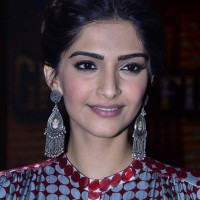 Sonam Kapoor 2014 Khoobsurat Movie