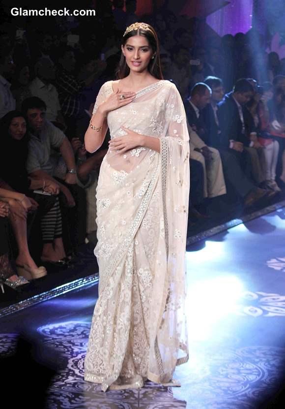 Sonam Kapoor 2014 Pics in Sari