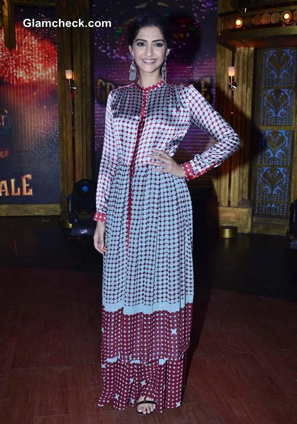 Sonam Kapoor vintage look Khoobsurat Promos