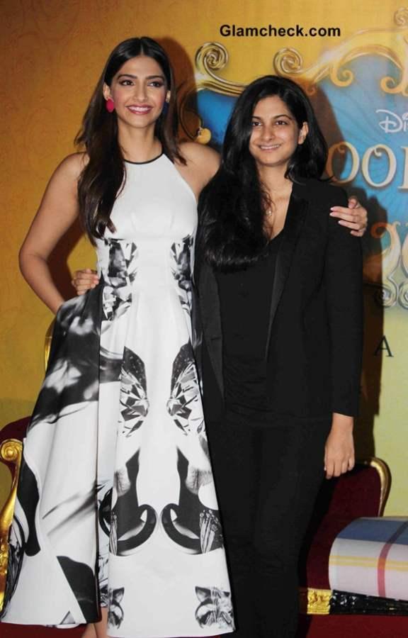 Sonam and Reha Kapoor