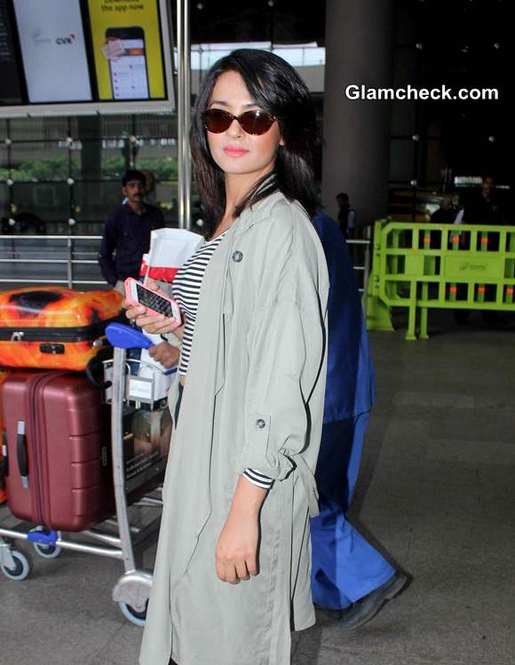Surveen Chawla 2014 Pictures