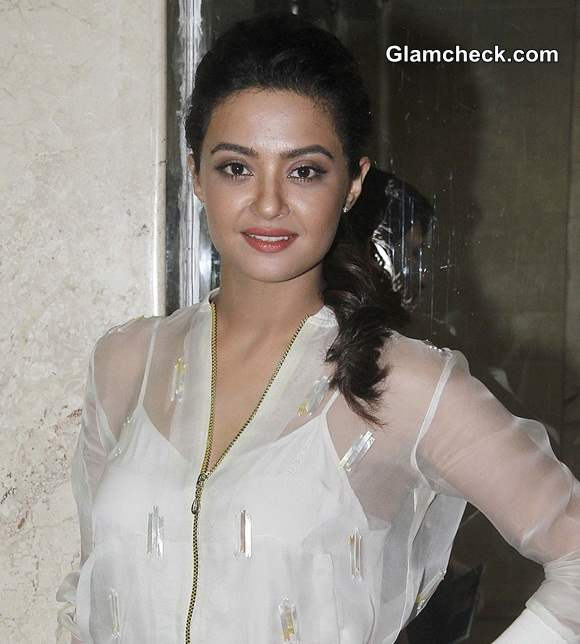 Surveen Chawla 2014 in Hate Story 2