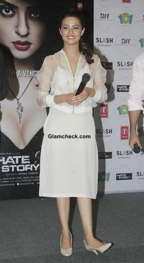 Surveen Chawla Goes Neutral for Hate Story 2 Promo