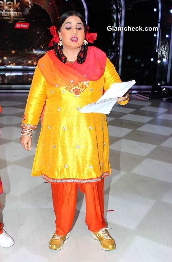 Vidya Balan in Bobby Jasoos on Jhalak Dikhlaa Jaa 7