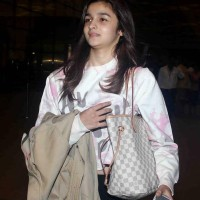 Alia Bhatt Without Makeup 2014