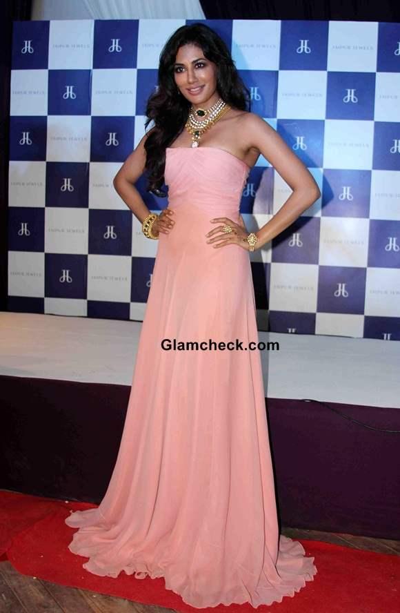 Chitrangada Singh 2014 in Peach Gown