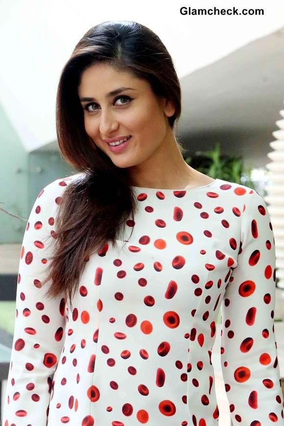 Kareena Kapoor at Singham Returns New Delhi Promo