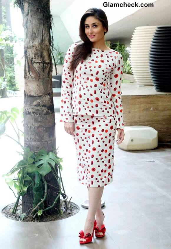 Kareena Kapoor in Ashish N Soni Separates at Singham Returns New Delhi Promo