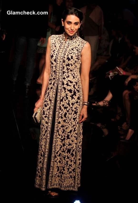 Karisma Kapoor at Lakme Fashion Week 2014 Winter Festive Grand Finale