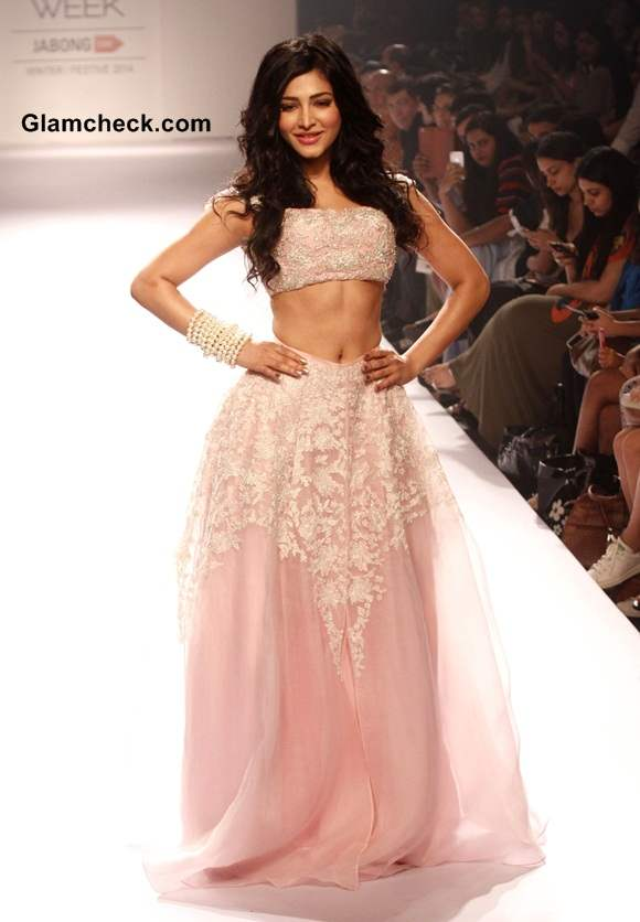 LFW Winter Festive 2014 Shruti Haasan for Shehla Khan