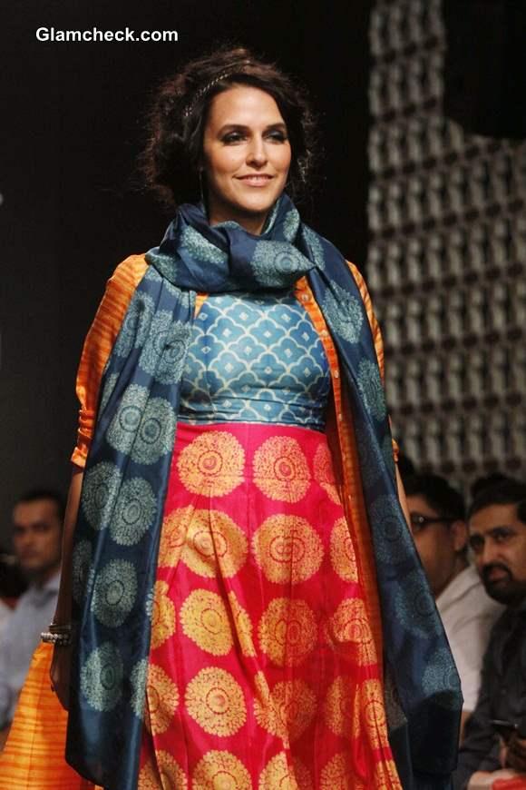 Neha Dhupia for Swati Vijaivargie at LFW Winter-Festive 2014