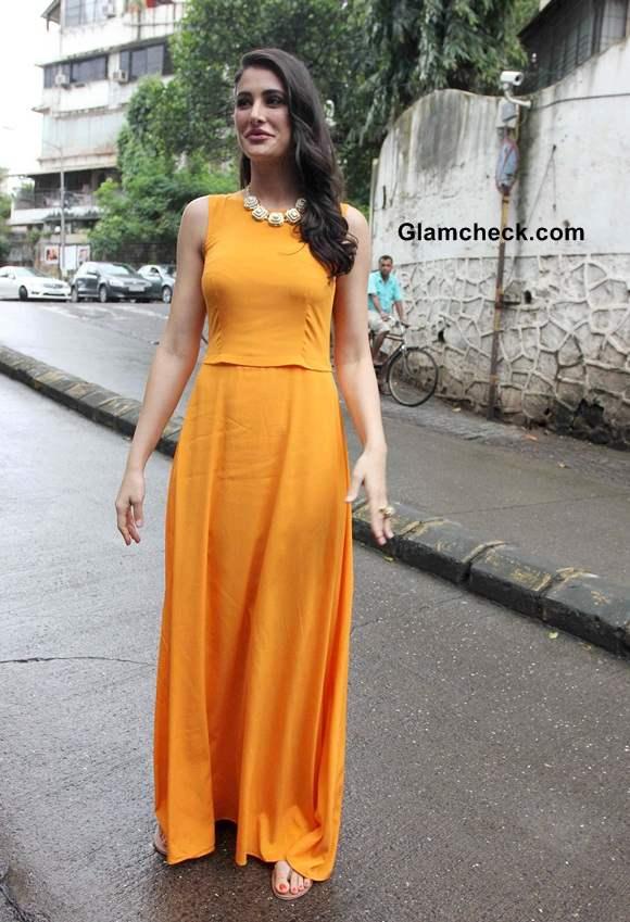 Orange Maxi DKNY Nargis Fakhri
