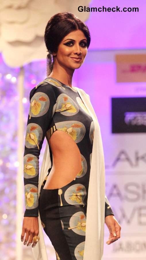 Shilpa Shetty at Lakme Fashion Week Winter-Festive 2014