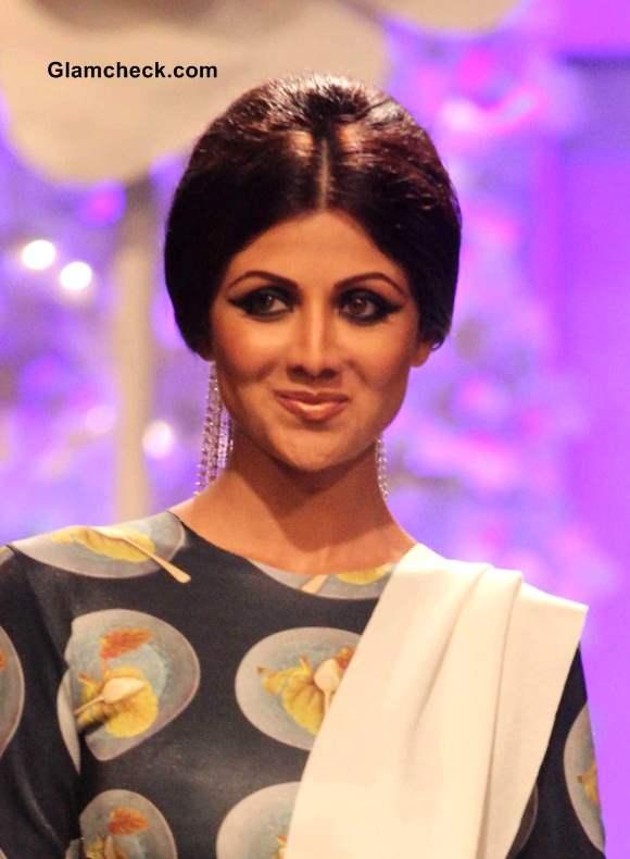 Shilpa Shetty retro Hairstyle 2014