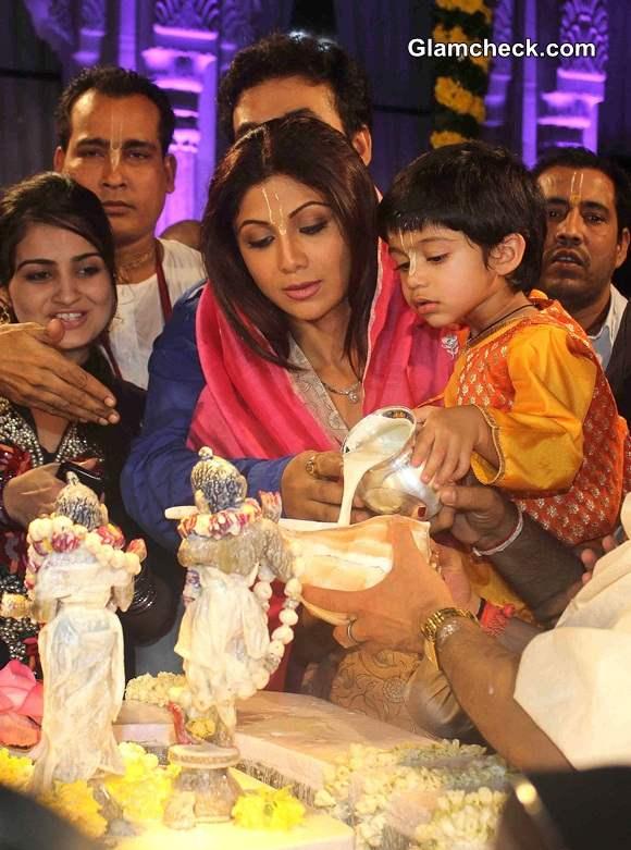 Shilpa Shetty with son Viaan at ISKCON temple - Janamashtmi 2014