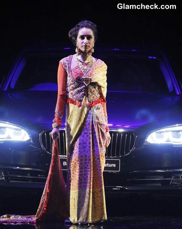 Shraddha Kapoor Walks for J J Valaya at India Bridal Fashion Week 2014