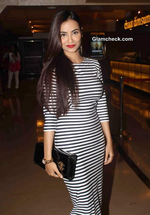 Tia Bajpai goes Nautical – at the screening of the film Identity Card