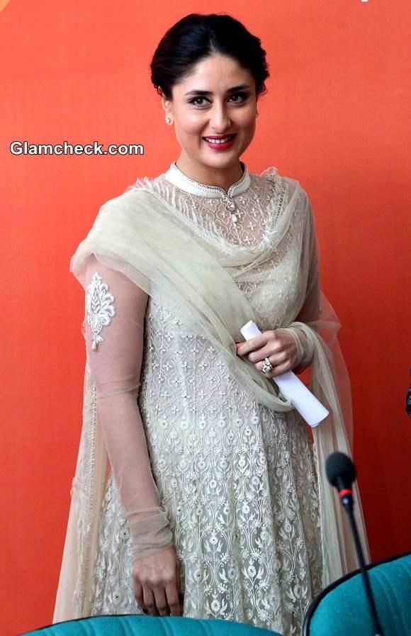 A Dose of Royalty - Kareena Kapoor Festive Look
