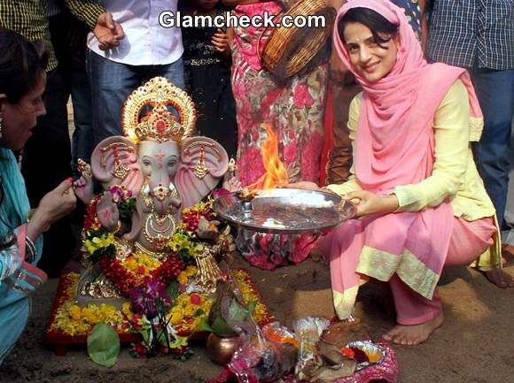 Ameesha Patel 2014 Ganesh Chaturthi