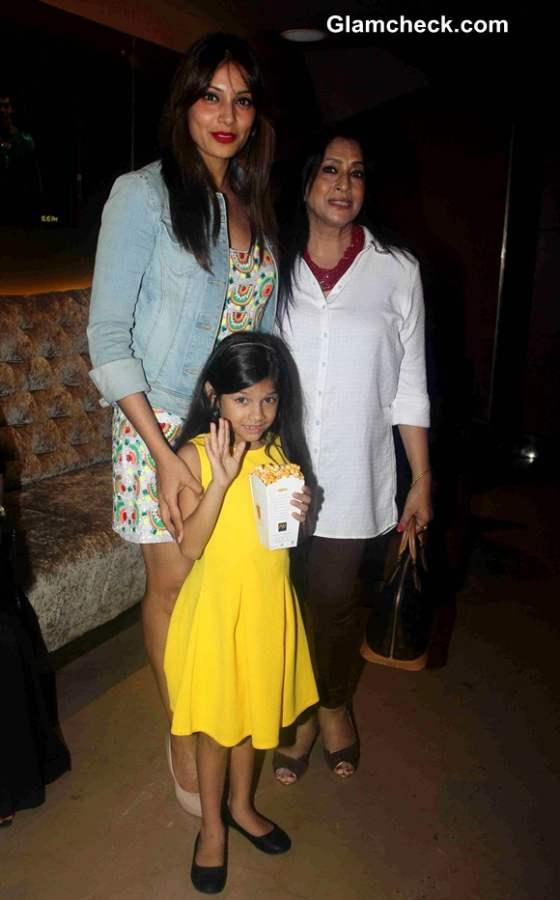 Bipasha Basu and her mother