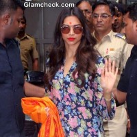 Deepika Padukone 2014 at Siddhivinayak Temple