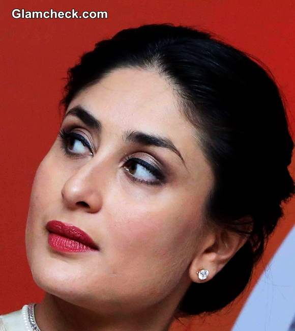 A Dose Of Royalty Kareena Kapoor At The Launch Of Child