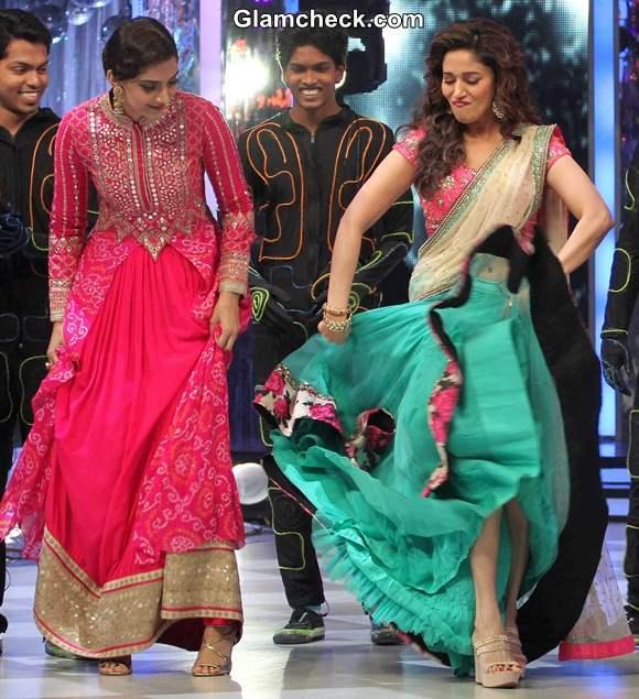 Madhuri and Sonam Jhalak Dikhla Jaa Khoobsurat Promotions