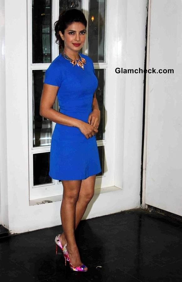 Priyanka Chopra in Victoria Beckham Dress at Mary Kom Exclusive Screening
