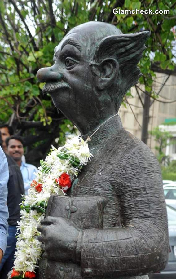 RK Laxmans Common Man Statue