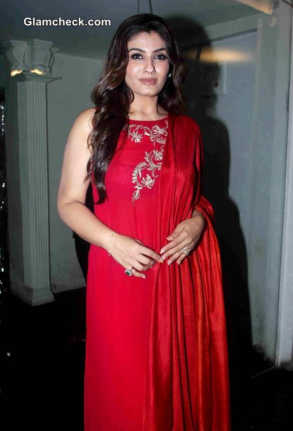 Raveena Tandon at sundown party for her show Simply Baatein