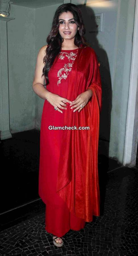 Raveena Tandon at the sundown party for her show Simply Baatein