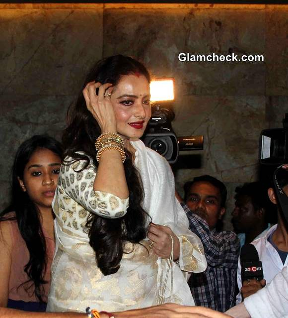 Rekha in White and Gold Saree - at the special screening of film Khoobsurat