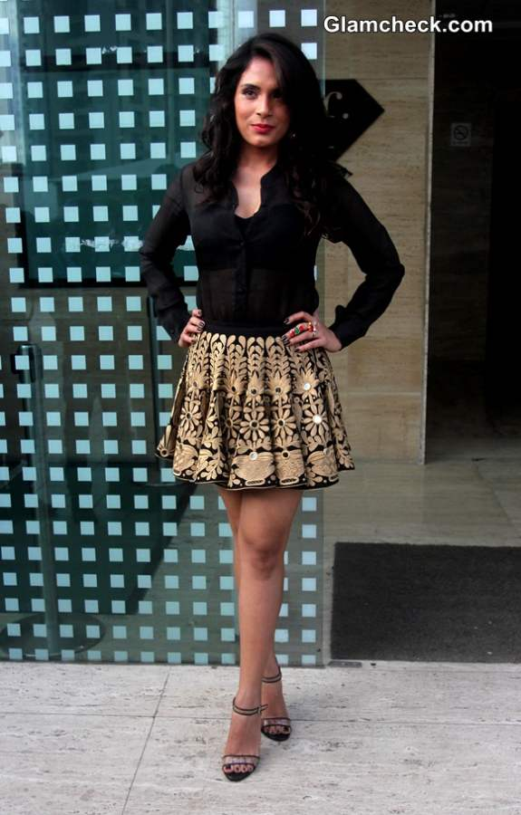 Richa Chadda in Mayyur Girotra creation during the launch of song In Da Club
