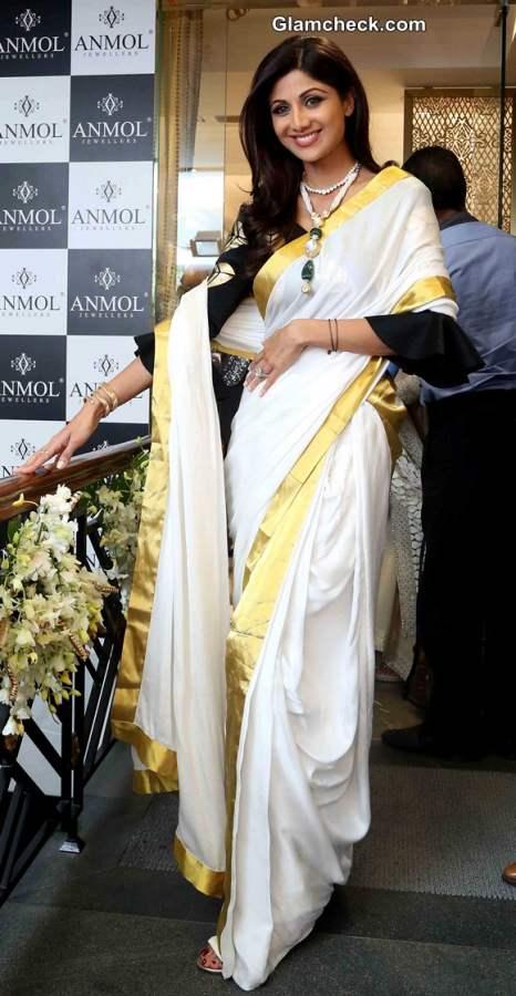 Shilpa Shetty in Kerala saree pics