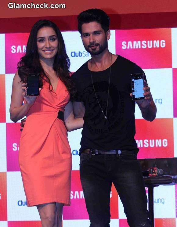 Shraddha and Shahid Kapoor at the launch of Club Samsung