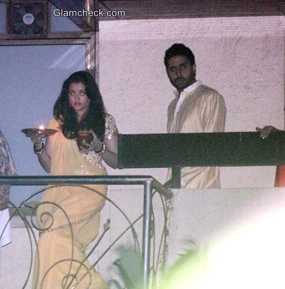 Aishwarya Rai Bachchan 2014 Karva Chauth look