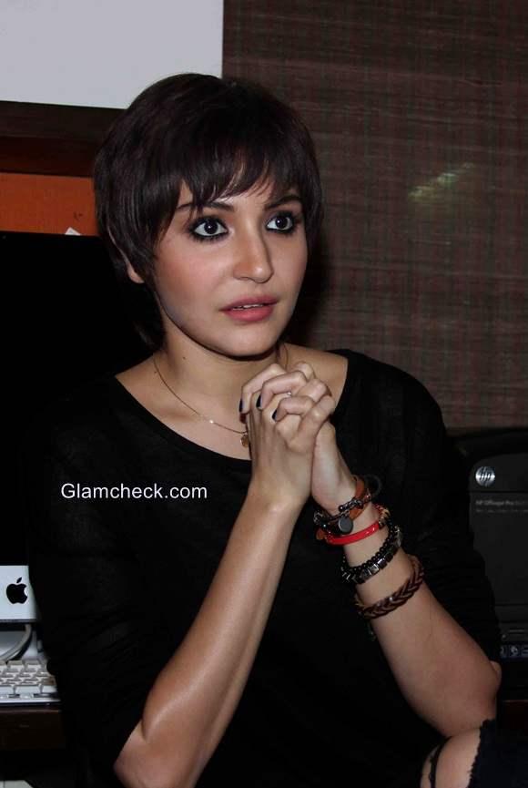 Anushka Sharma new look for her film PK