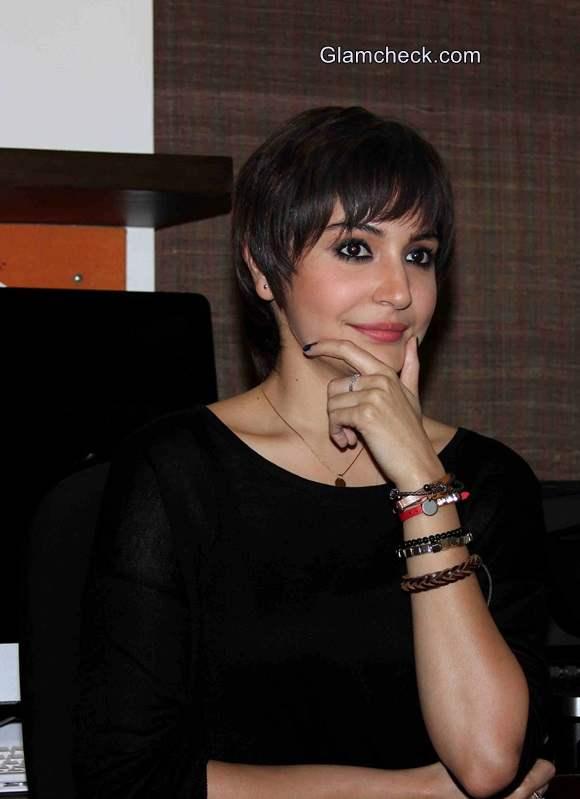 Anushka Sharma new pixie look for film PK