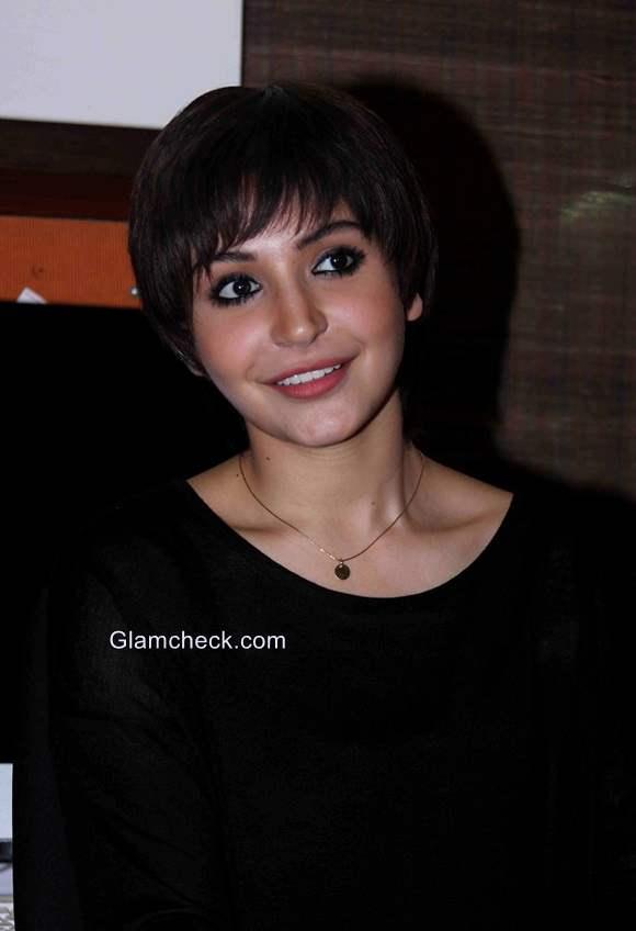 Anushka Sharma new pixie look for her film PK