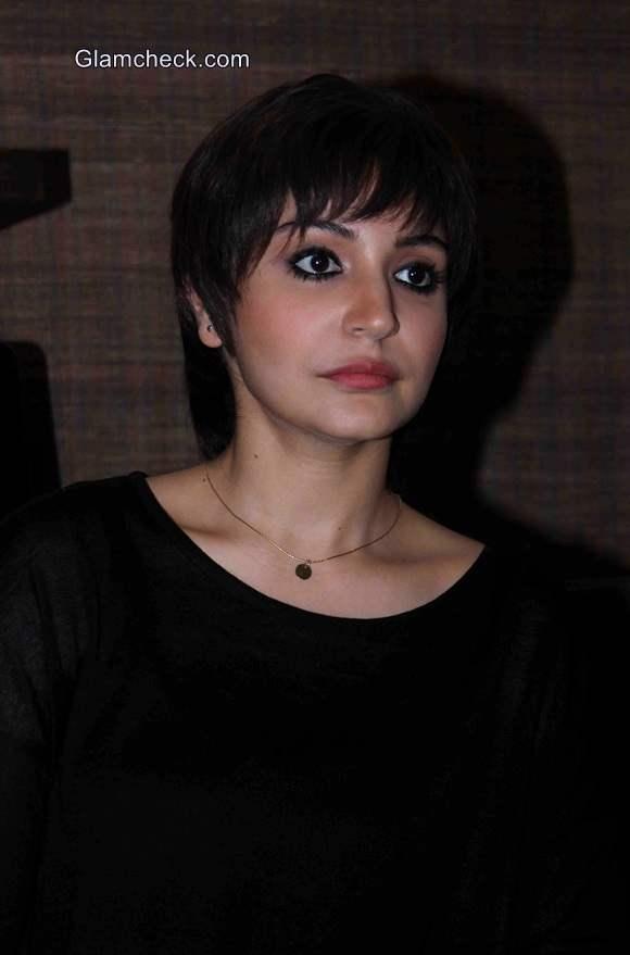 Anushka Sharma pixie Haircut in film PK