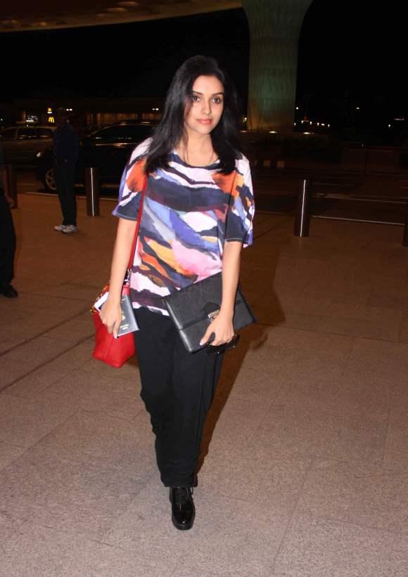 Asin Thottumkal airport Style