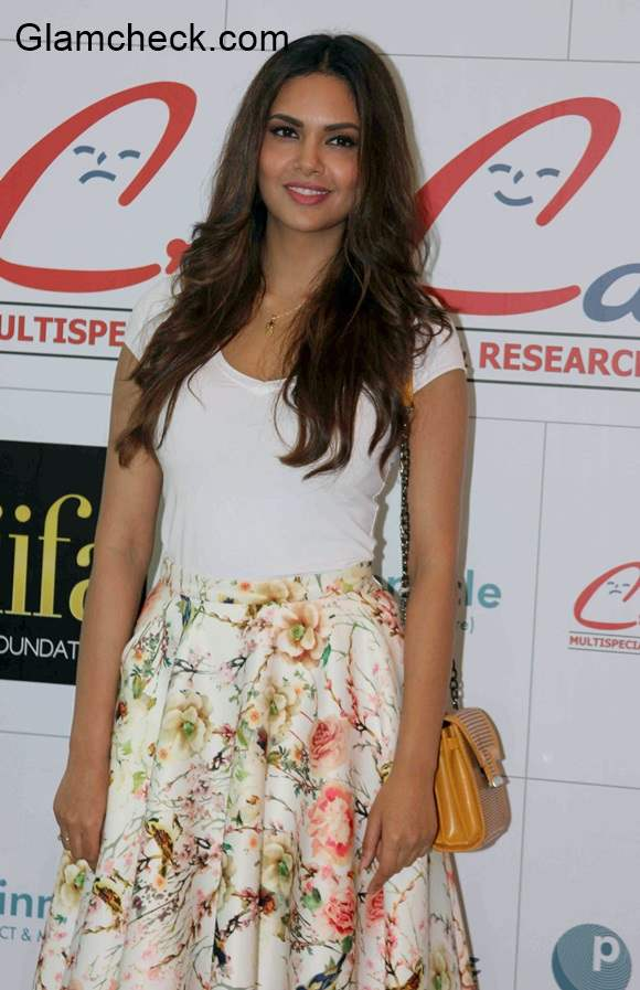Esha Gupta in Nishka Lulla outfit