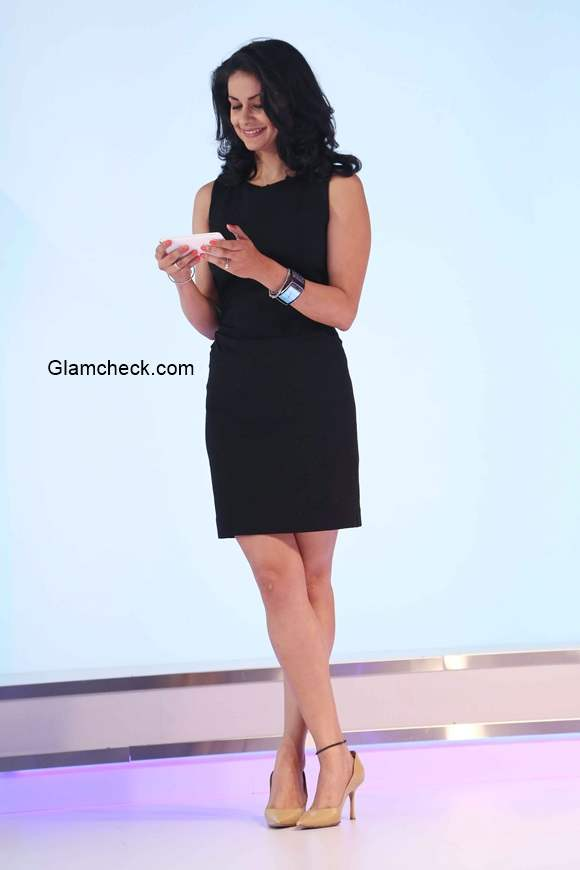 Gul Panag at the launch of the Samsung Galaxy Note 4 smartphone in India