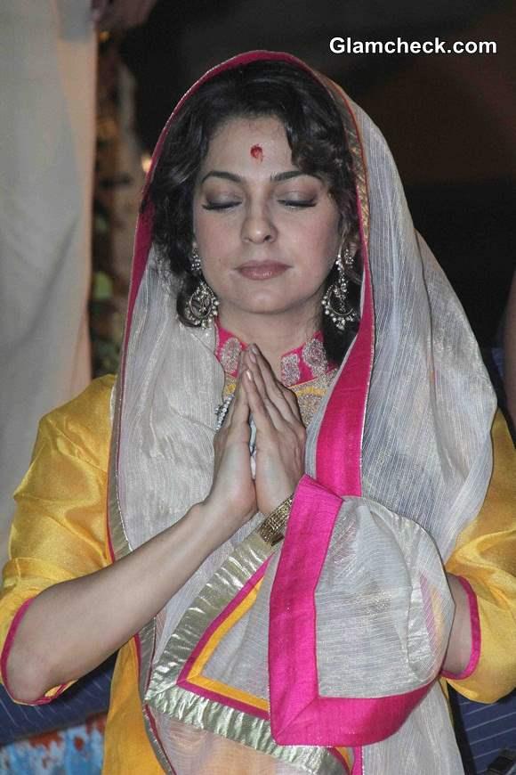 Juhi Chawla visits Varanasi to promote Sony Pal 2014