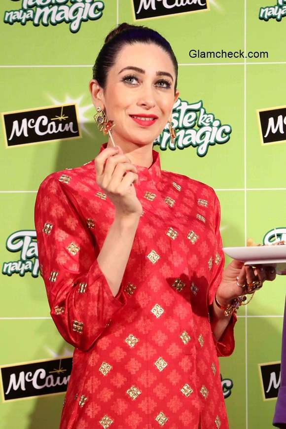 Karisma Kapoor 2014 at the launch of McCain foods new outlet