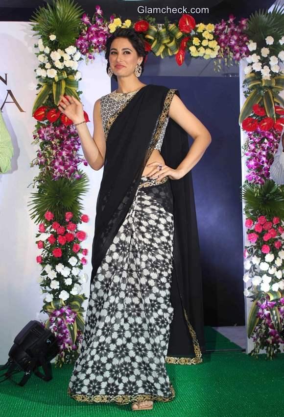 Nargis Fakhri makes a stunning desi girl in SVA saree
