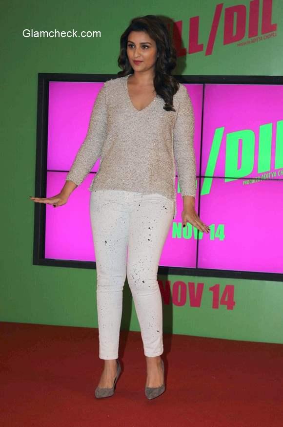 Parineeti Chopra launches romantic track Sajde from Kill Dill on her Birthday