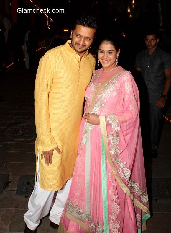 Riteish and Genelia at Amitabh Bachchan Diwali party