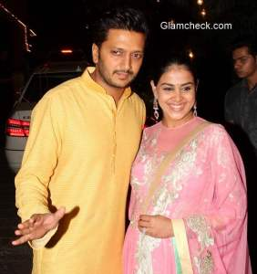Riteish and Genelia at Amitabh Bachchan's Diwali party